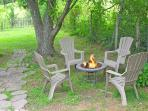 Fire pit in the back!