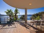 Complete Waterfront Luxury ap Olympic Pk Break Bay