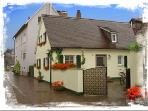 Cottage in Veitshöchheim - 861 sqft, authentic furnishings, great location right on the river (# 853)