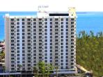 Central Beach - 1-Bedroom Condo - Sleeps 6
