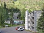 3 bedroom 3 bathroom 1068 sq feet condo on ground level East Vail free bus