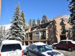 Cozy one bedroom condo in east Vail on free town of Vail bus shuttle