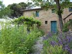 Stylsh and Enchanting Home. Perfect Tuscan Retreat