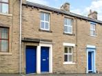 THE LITTLE HOUSE, pet friendly, country holiday cottage, with a garden in Skipton, Ref 10624