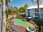 Beachfront Holiday Unit Port Douglas w  FREE WIFI