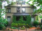 Downtown Denver Upscale Affordable Victorian 1-4 B