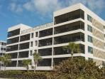 Beautiful Large Corner Beachfront At Aire Dam