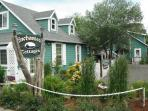 Three cozy vacation cottages - Long Beach WA Coast