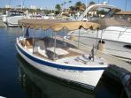 18' Duffy Electric Boat for Your Newport Harbor Cruise with Captain