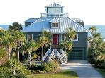 Charming Oceanfront, 3 Bed, 2.5 Ba, Rooftop Aerie!