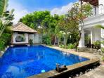 Family Pool Villa with Pool Fence - Seminyak beach