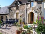 Child Friendly Self Catering Gites :Pool & animals