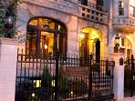 Lincoln Park B&B Villa D'Citta with 6 Private Suites