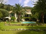 Large Villa with pool, tennis court, Villefranche.