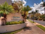 Great ground-floor walkout unit close to the beach!