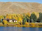 Peaceful Lakefront Location - Beautiful Mountain Views (1122)