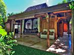 Gili Joglo, luxurious privacy in a tropical villa.