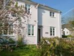 2 WARMORE COTTAGES, family and pet friendly cottage, with woodburning stove, and enclosed garden, in Dulverton, Ref 14073