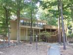 Luxury Lakefront Home In Golf Paradise-WIRELESS*email: krlaib@sbcglobal.net
