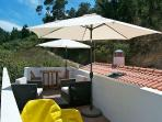 New Charming T2 w/ Lounge Rooftop. Near the Beach