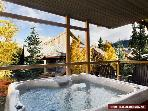 2 Glaciers Reach, this 2br home has a hot tub & pool in Whistler Village