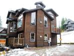 5bed/5ba + Bunk Rm, Ski-in/Ski-out Access, Hot Tub