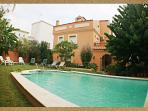 HOLIDAY VILLA, PRIVATE POOL, GARDEN, JACUZZI(14 P)