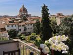 Sleek 2 Bedroom Apartment with Magnificent Duomo Views