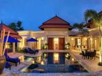 Luxury 'Villa Casuarina', exclusive Laguna Area