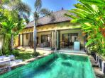 NICE COZY VILLA 2 BEDROOMS SEMINYAK VERY SAFE AREA
