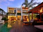 luxurious & spacious 4 to 6 bedrooms in Seminyak