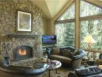 Snowdrift Lodge living area with gas fireplace