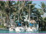 Conch Key Bayfront cottage with 23' Sailboat