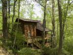 New River Cabin - Hot Tub - Wi-Fi - Fishing - Pool Table and More.