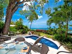 Coral Cove 2-The Mahogany Tree: Luxury Beachfront