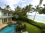 Gated Sunset Beach on secluded beachfront location with pool & ensuite