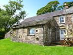 SALLY END, stone-built cottage, with woodburner, off road parking, and close to scenic walks, in Ravenstonedale, Ref 11602