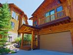 Sweet Dreams Retreat Just a Few Blocks from Ski Area with Private Hot Tub