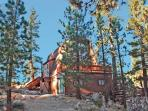 Larks Nest Cabin bask in the sunlight at this secluded dog friendly mountain Vacation Cabin in Big Bear with outdoor hot tub and BBQ.