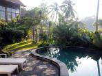 Sublime, tropical forest view villa,Ubud,4BR