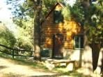 Private  Cabin  With *HOT TUB*5/8-5/10*$102/night!