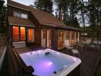 Woodland Park Haven - NEW HOT TUB / RENOVATED!