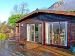 SUMMERTIME LODGE, ground floor, WiFi, off road parking, spacious decked area, in Rhyd-y-Foel, Ref 17630