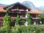 Vacation Apartment in Bad Hindelang - 646 sqft, allergy-friendly, quiet, central (# 3550)