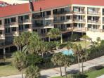 Gulf View, 3 Pools, Sleeps 8, 2 BR, 2 BA, Top Floor