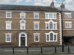 KUSTARD KOTTAGE town centre location, well-equipped accommodation, pet-friendly in Easingwold, Ref 21167