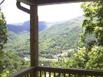 Mountain Suite With Stunning Views & Deck Dining