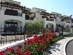 Apartment for 4 persons, with swimming pool , near the beach in Pineto