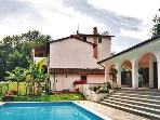 Holiday house for 10 persons, with swimming pool , in Pisa