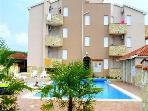 Attractive apartment for 7 persons, with swimming pool , near the beach in Umag